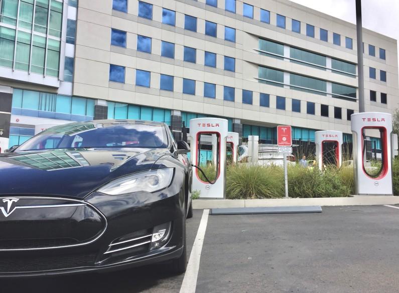 Nachhaltiges Unternehmen mit E-Autos in San Diego